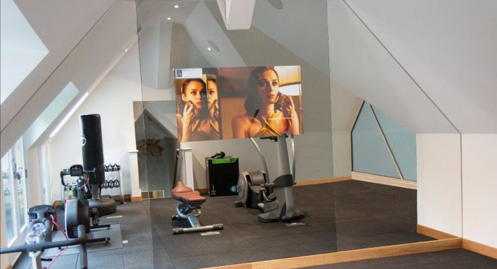 GYM MIRROR TV